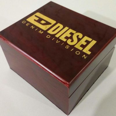 Фирменный бокс для часов Diesel