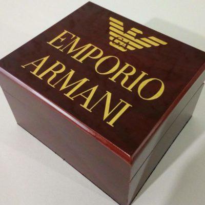 Фирменная коробка для часов Emporio Armani