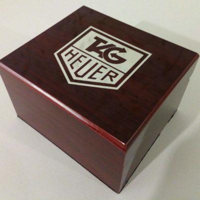 Фирменная коробка для часов Tag Heuer