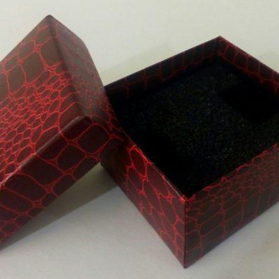 Подарочные коробочки в форме сердца