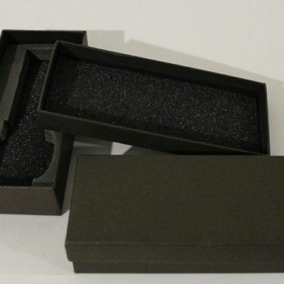 Прямоугольная коробка для часов из картона