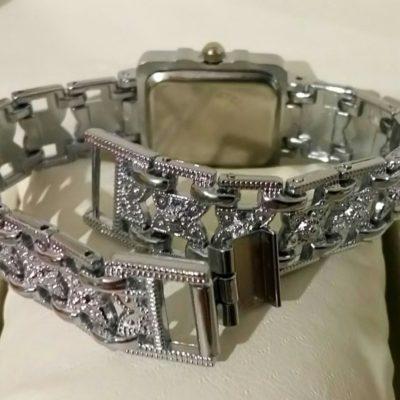 Женские наручные часы Soxy
