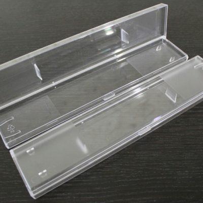 Пластиковая прямоугольная коробка под часы
